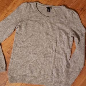 H&M crewneck grey sweater. Size M
